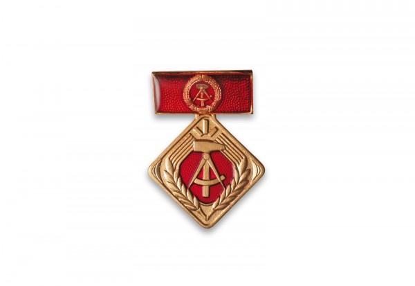 Orden DDR Abzeichen Aktivist sozialistische Arbeit