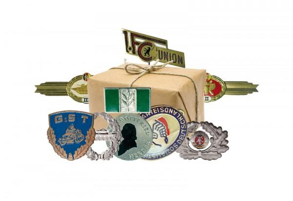 Orden Kollektion XIII DDR 10 original Abzeichen im Set