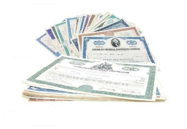 USA 50 verschiedene Aktien und Wertpapiere - Lot 2