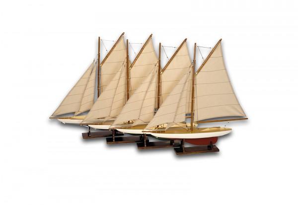 4er Set Yacht Nachbildung inklusive Holzständer