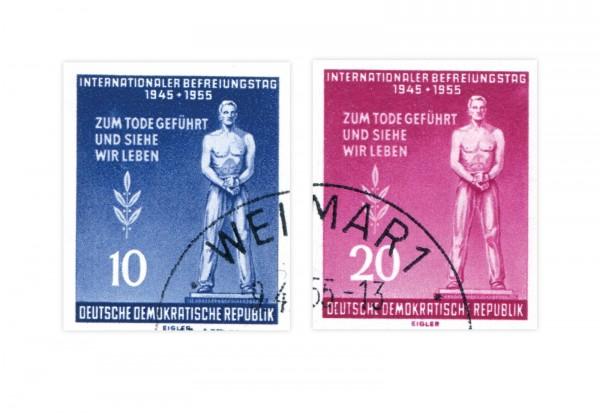 Briefmarken DDR Block Internationaler Befreiungstag 1955 Michel-Nr. 459-460 B gestempelt
