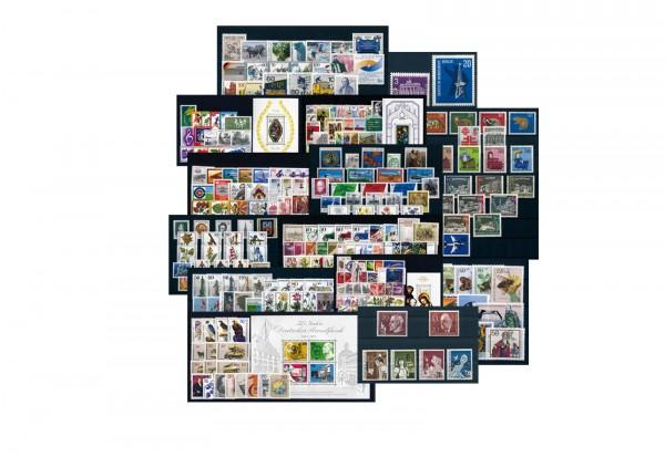 Briefmarken Berlin 1960-1990 15 verschiedene Jahrgänge postfrisch