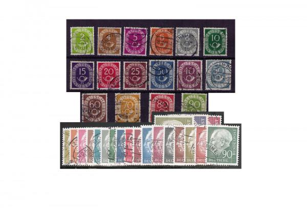 BRD Posthorn Satz und Heuss I Michel Nr. 123/38 und 177/96 im Set auf Steckkarte gestempelt