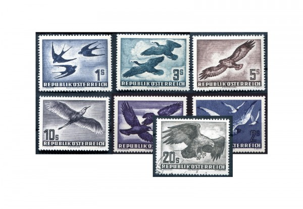 Österreich Vögel im SET: Mi.Nr. 984/87 plus Mi.Nr. 955/56 und Mi.Nr. 968 gestempelt