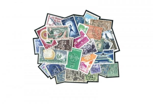 Briefmarken Frankreich 300 verschiedene Marken postfrisch und gestempelt