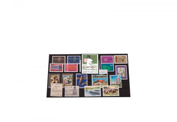Briefmarken Finnland 100 verschiedene Marken postfrisch und gestempelt